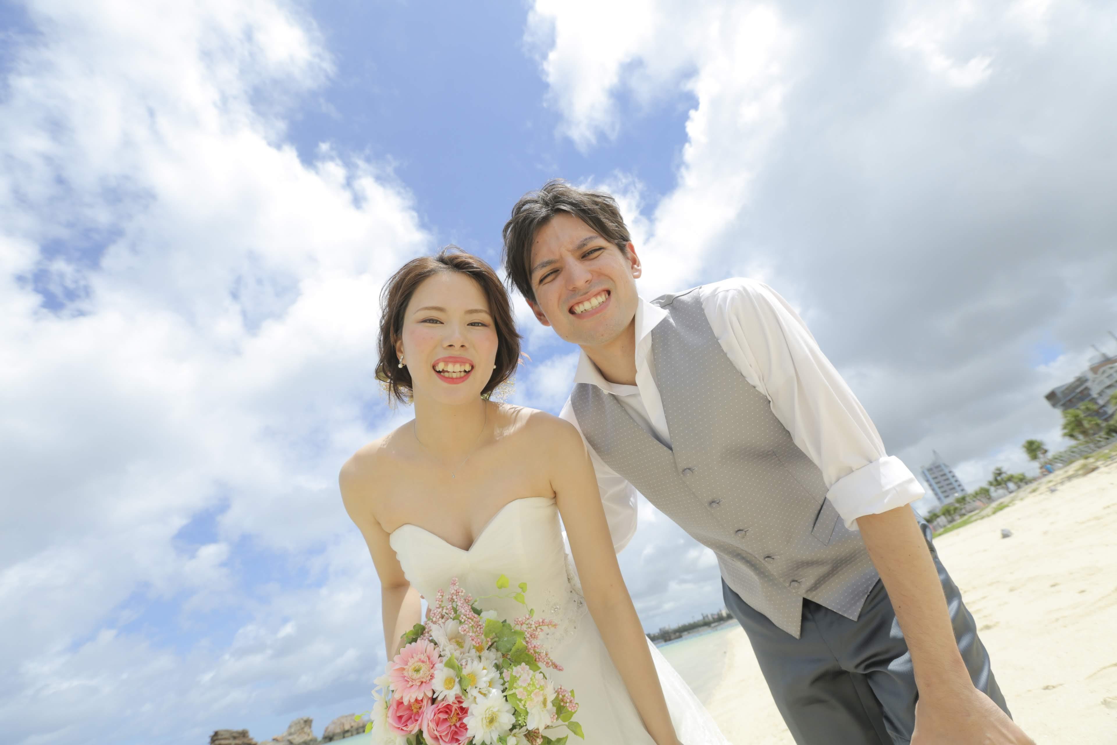 沖縄でリゾート挙式イメージ