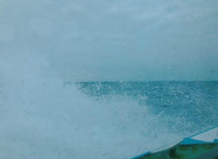 高速船窓からの風景