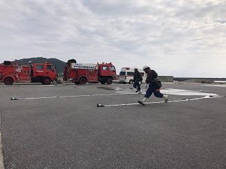 伊平屋村消防団出初式のレース