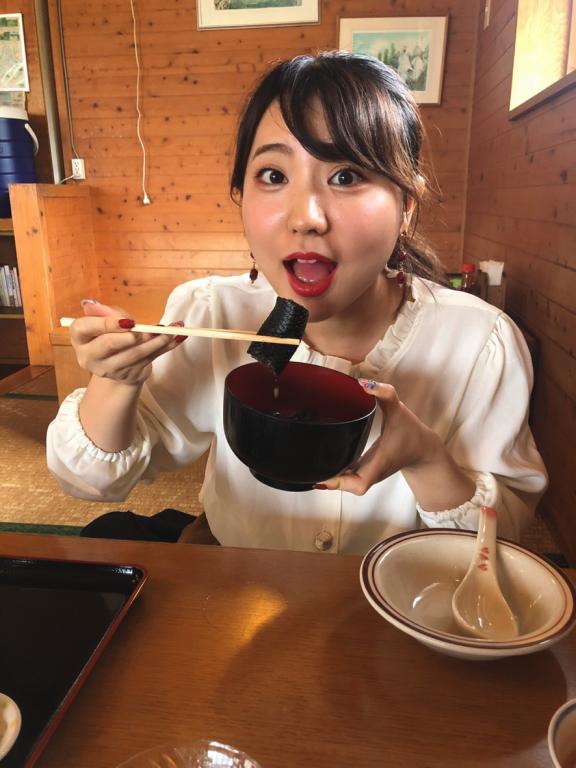 沖縄伝統料理のイラブー汁