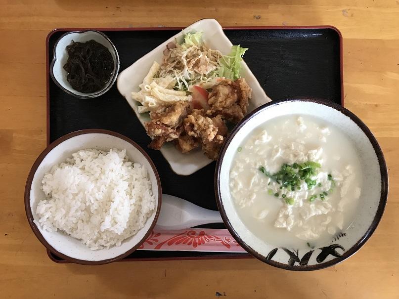 「ゆし豆腐とチキン唐揚げ」