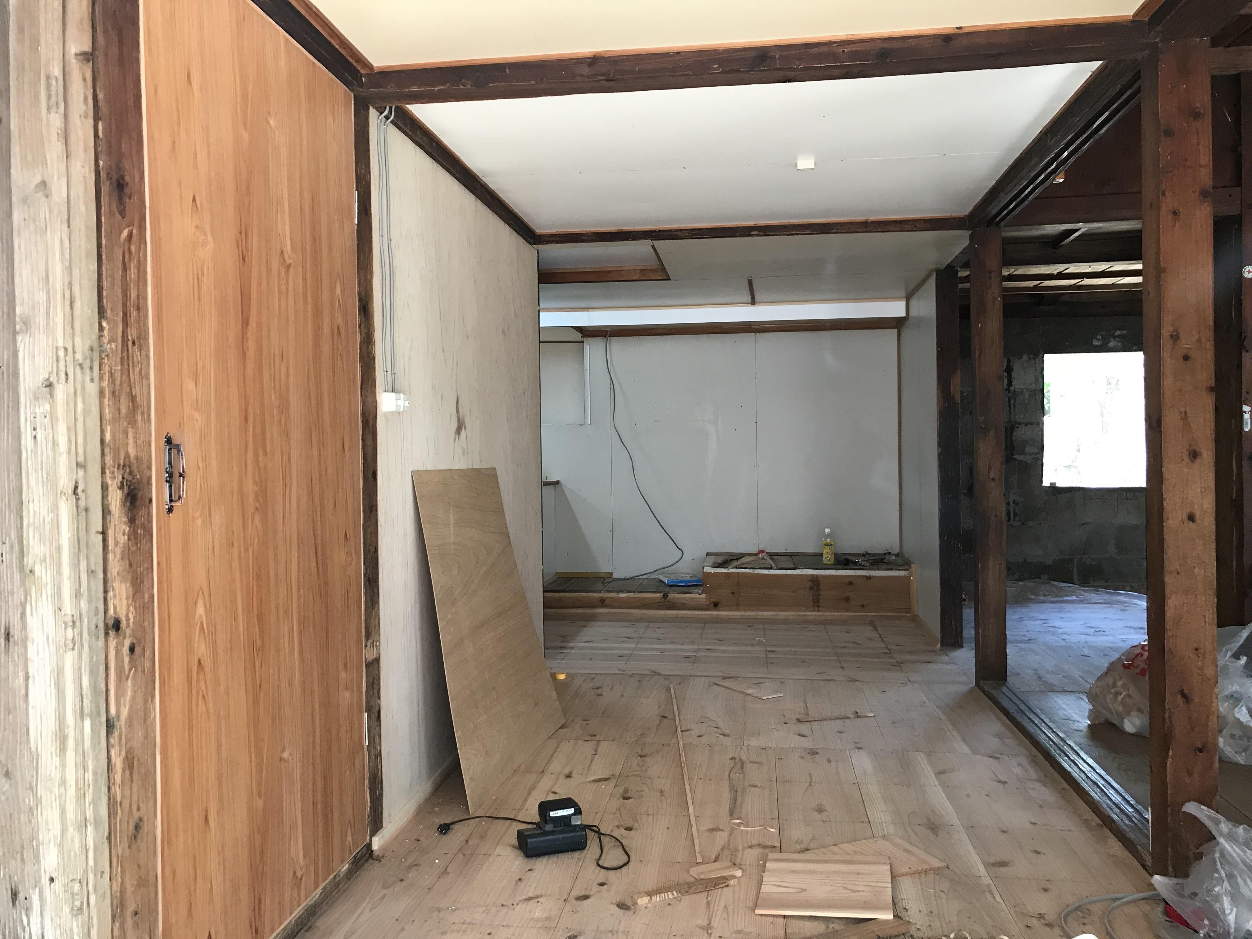 改修前室内