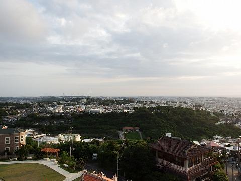 首里崎山公園の展望台