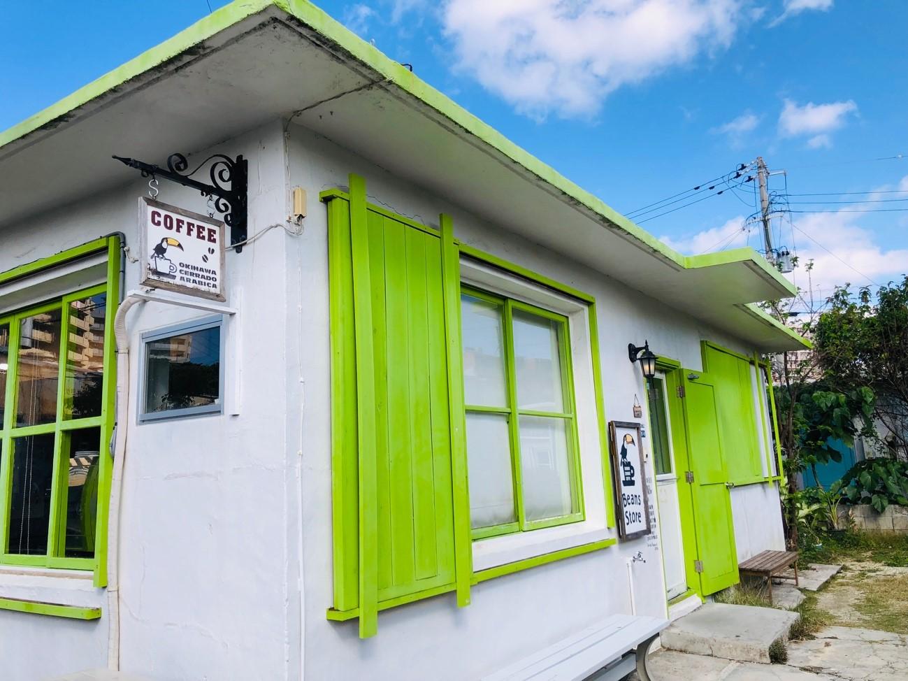 港川ステイツサイドタウンにあるコーヒーストア カフェ