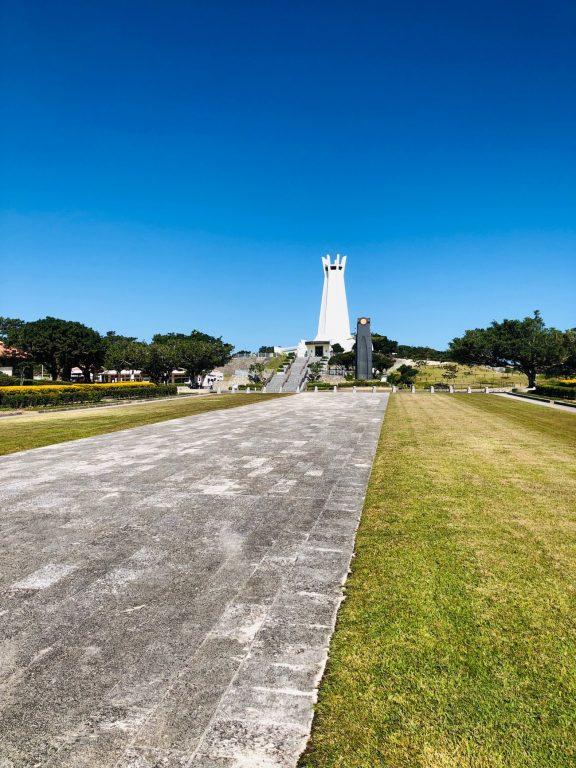 沖縄県糸満市「平和祈念公園」の「沖縄平和祈念堂」